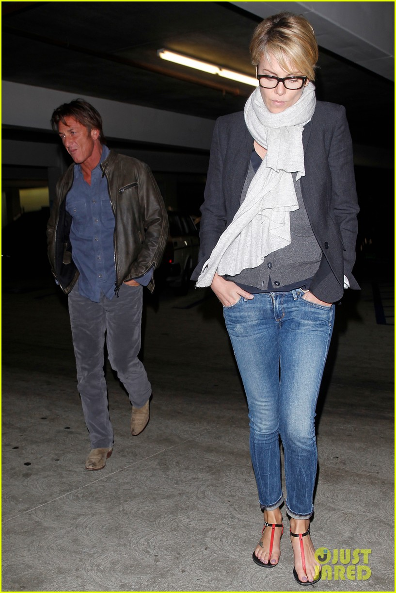 charlize theron sean penn movie date night 073024566