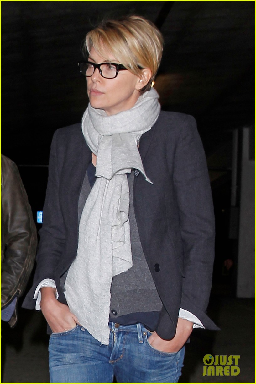 charlize theron sean penn movie date night 12