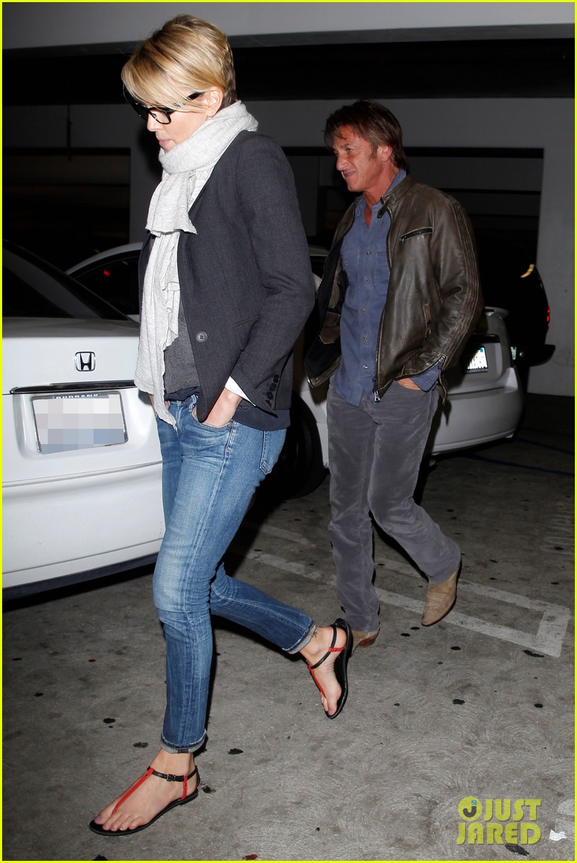 charlize theron sean penn movie date night 153024574