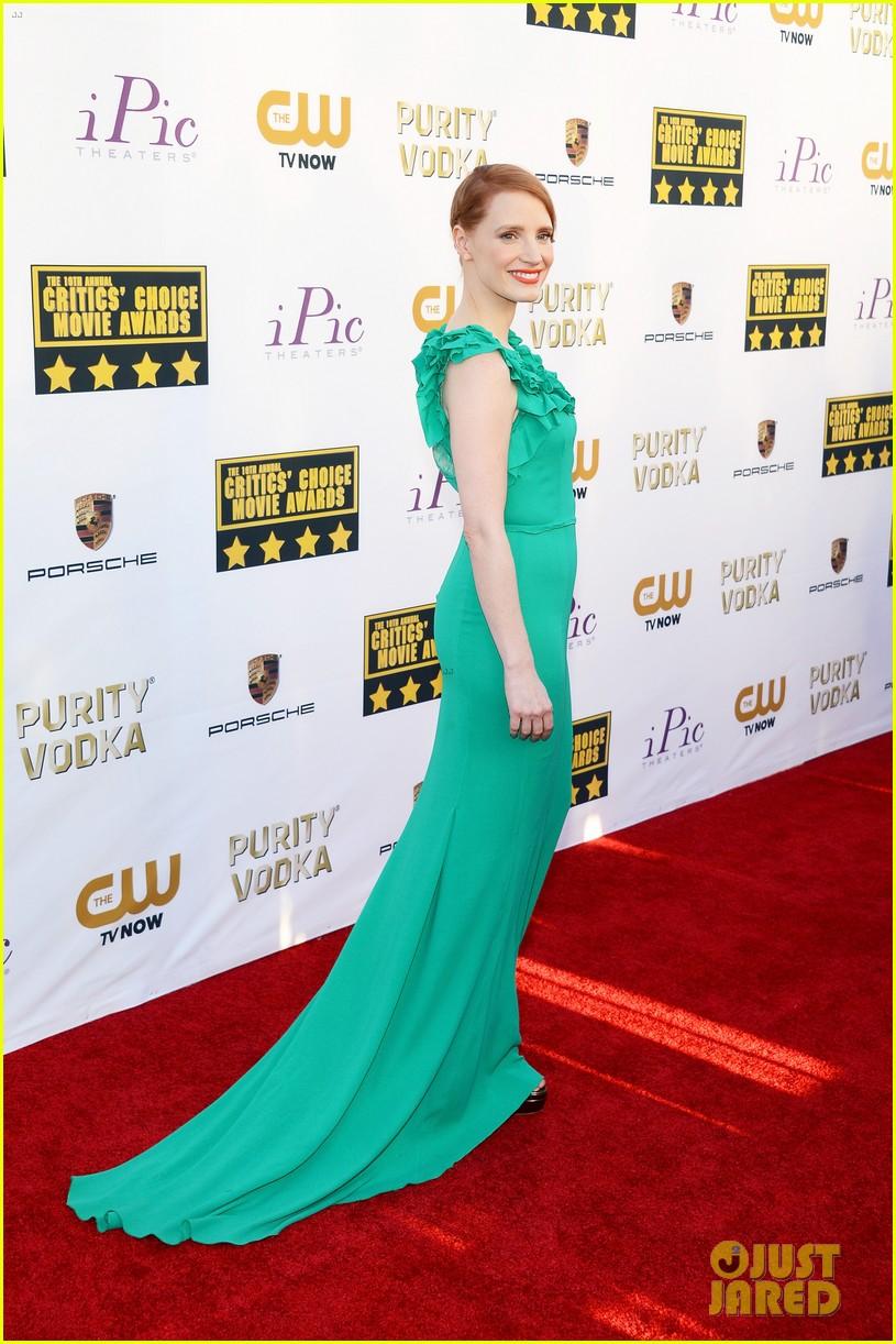 jessica chastain critics choice movie awards 2014 red carpet 033032898