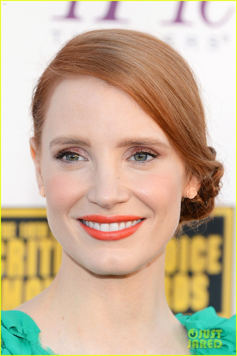 jessica chastain critics choice movie awards 2014 red carpet 063032901
