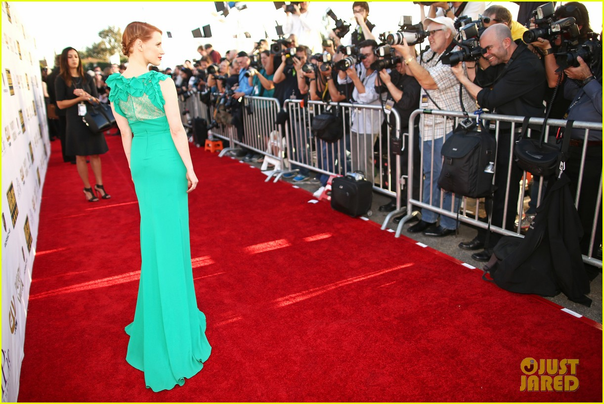 jessica chastain critics choice movie awards 2014 red carpet 07