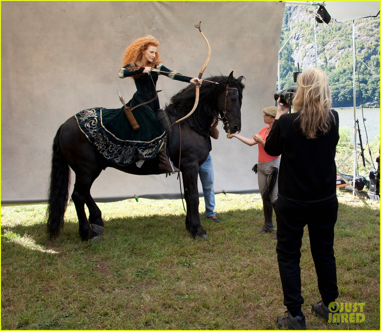 jessica chastain princess merida for disney dream portrai 14