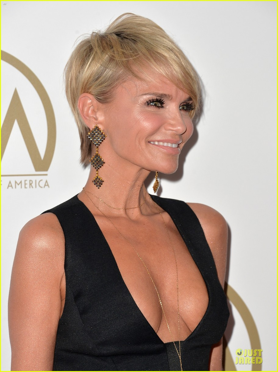 kristin chenoweth producers guild awards 2014 red carpet 073035902