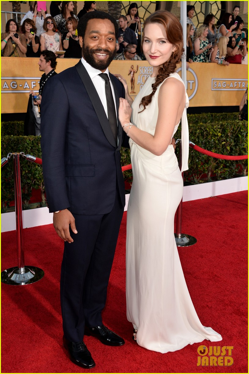 chiwetel ejiofor barkhad abdi sag awards 2014 red carpet 023034848