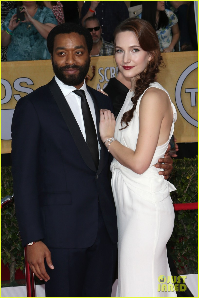 chiwetel ejiofor barkhad abdi sag awards 2014 red carpet 093034855
