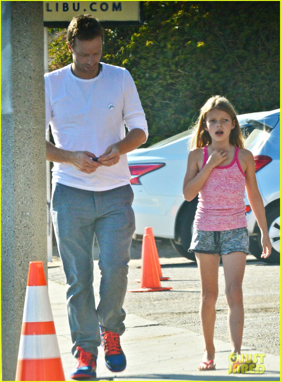 chris martin father daughter day with apple 053040613