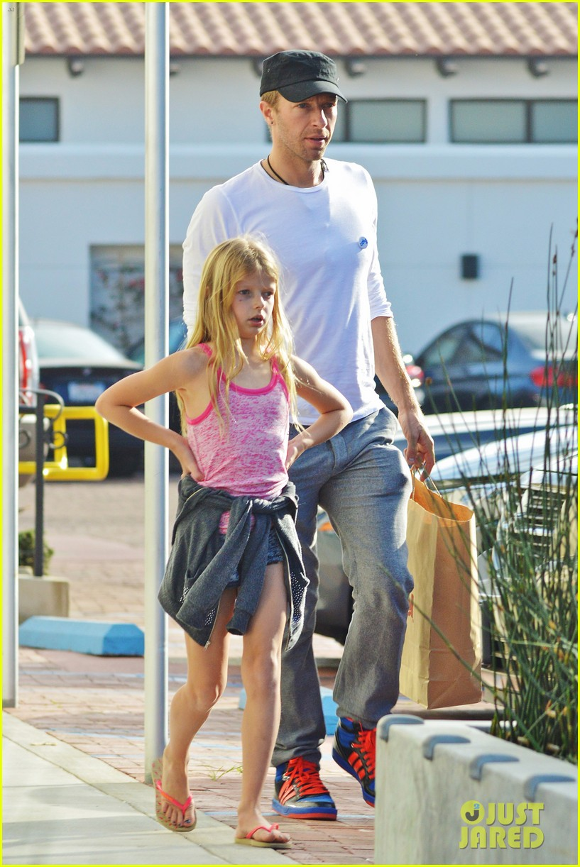 chris martin father daughter day with apple 083040616