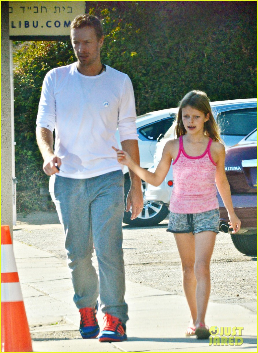 chris martin father daughter day with apple 16