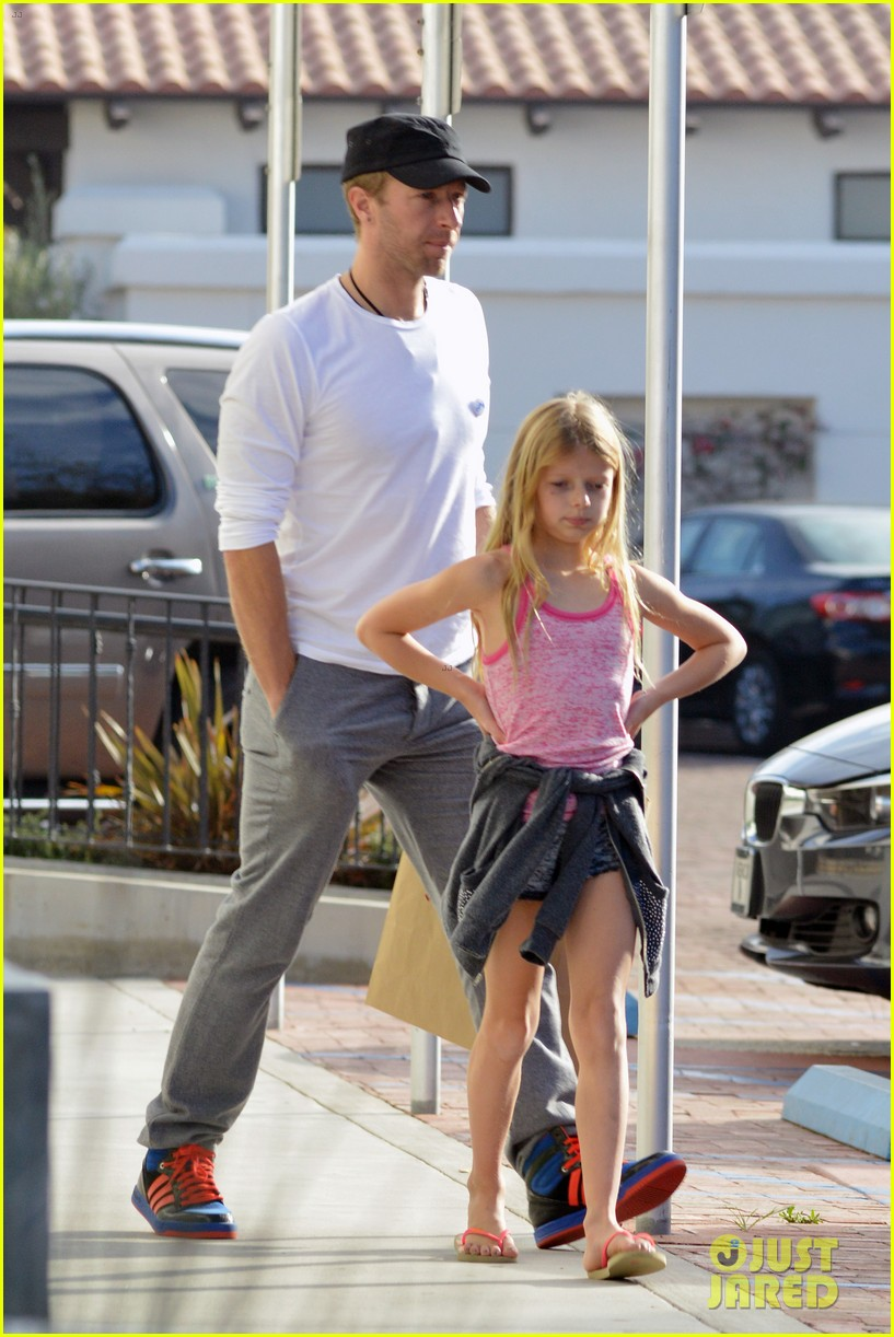 chris martin father daughter day with apple 203040628