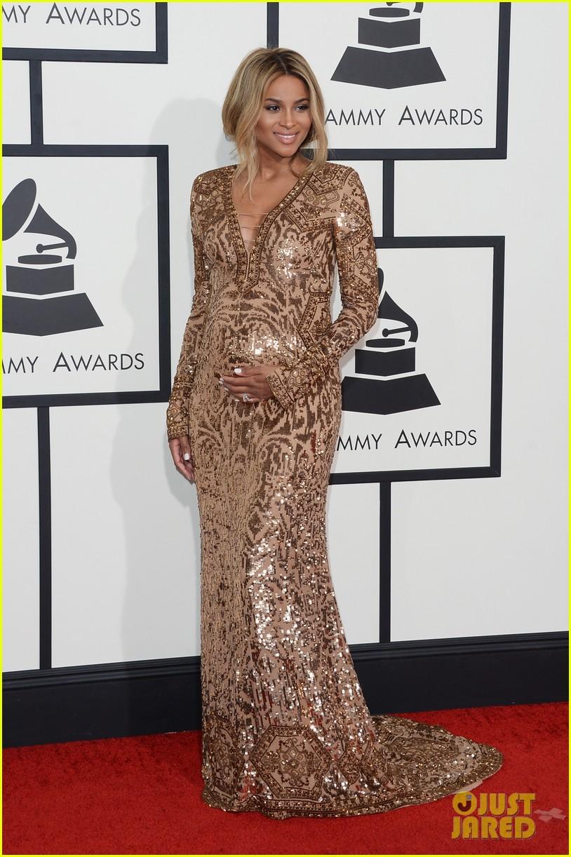 pregnant ciara grammys 2014 red carpet 033041179