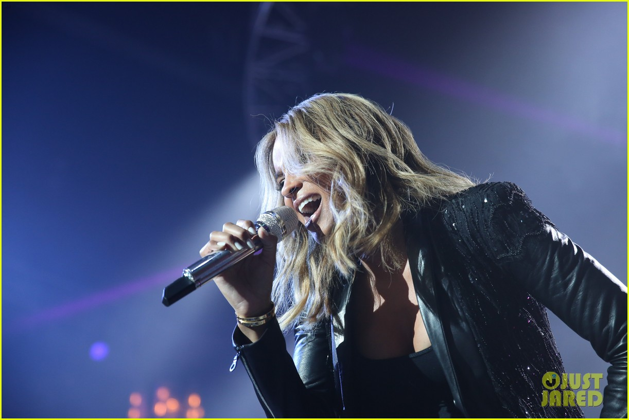 pregnant ciara performs at official grammys 2014 after party 14