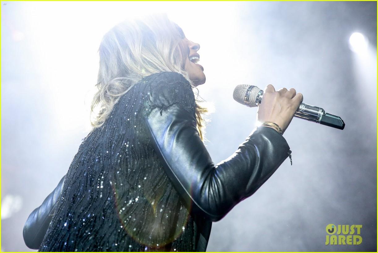pregnant ciara performs at official grammys 2014 after party 20