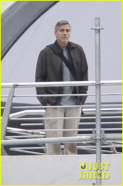 george clooney begins filming tomorrowland in spain 043036924