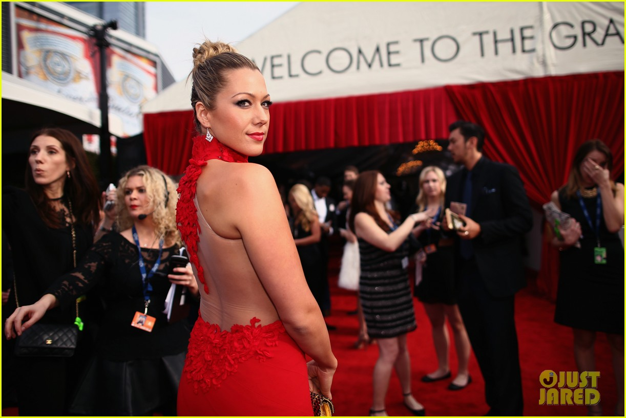 colbie caillat grammys 2014 red carpet 023040947