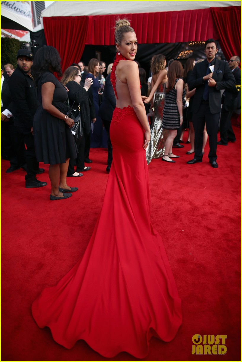 colbie caillat grammys 2014 red carpet 043040949