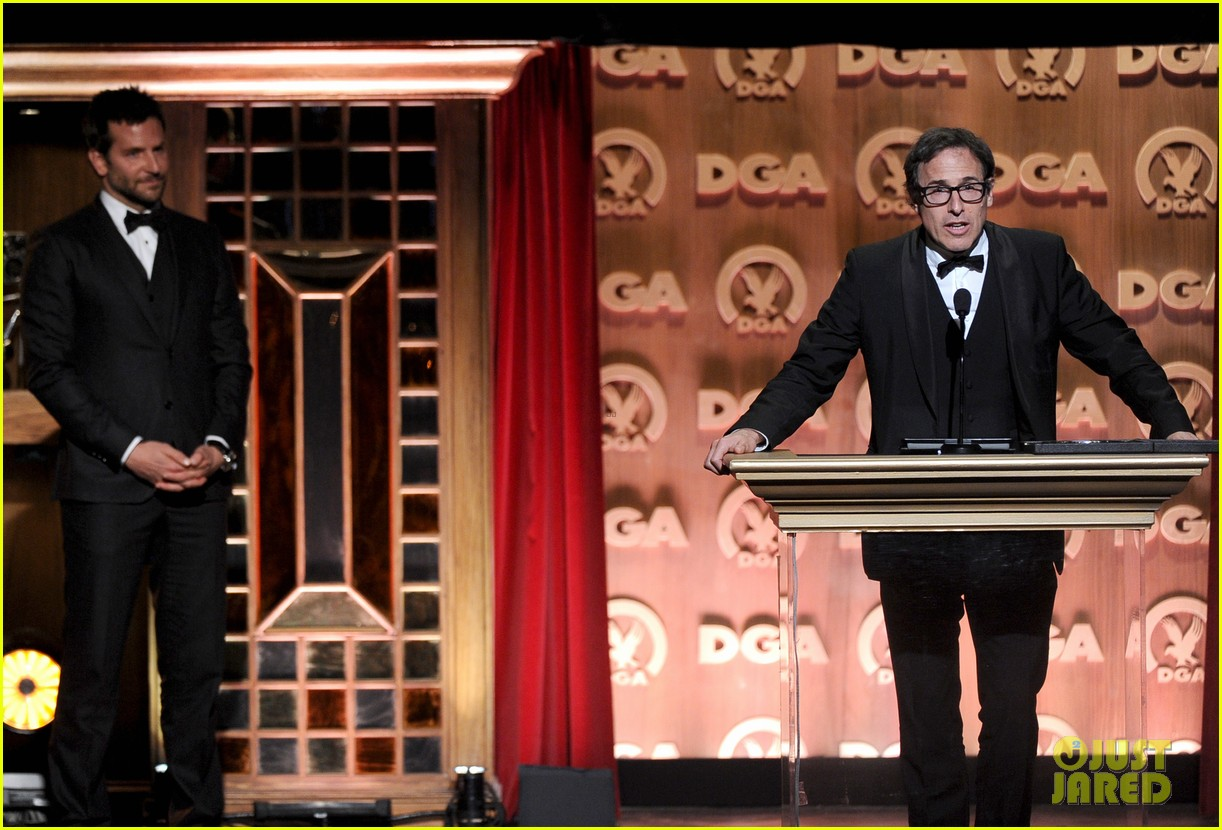 bradley cooper honors david o russell at dga awards 2014 153040374