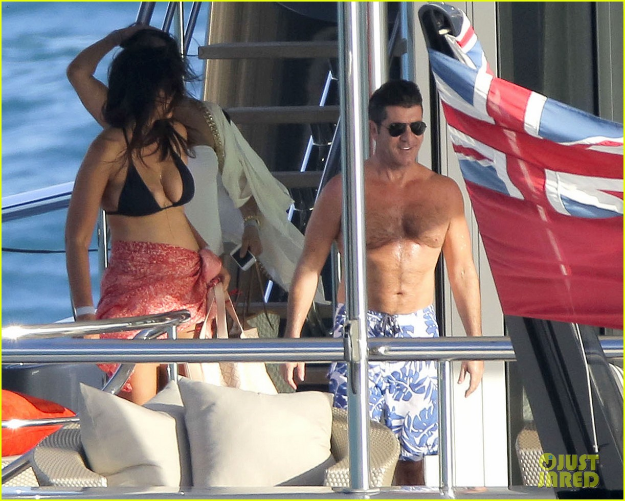 simon cowell very pregnant girlfriend relax on a yacht 23