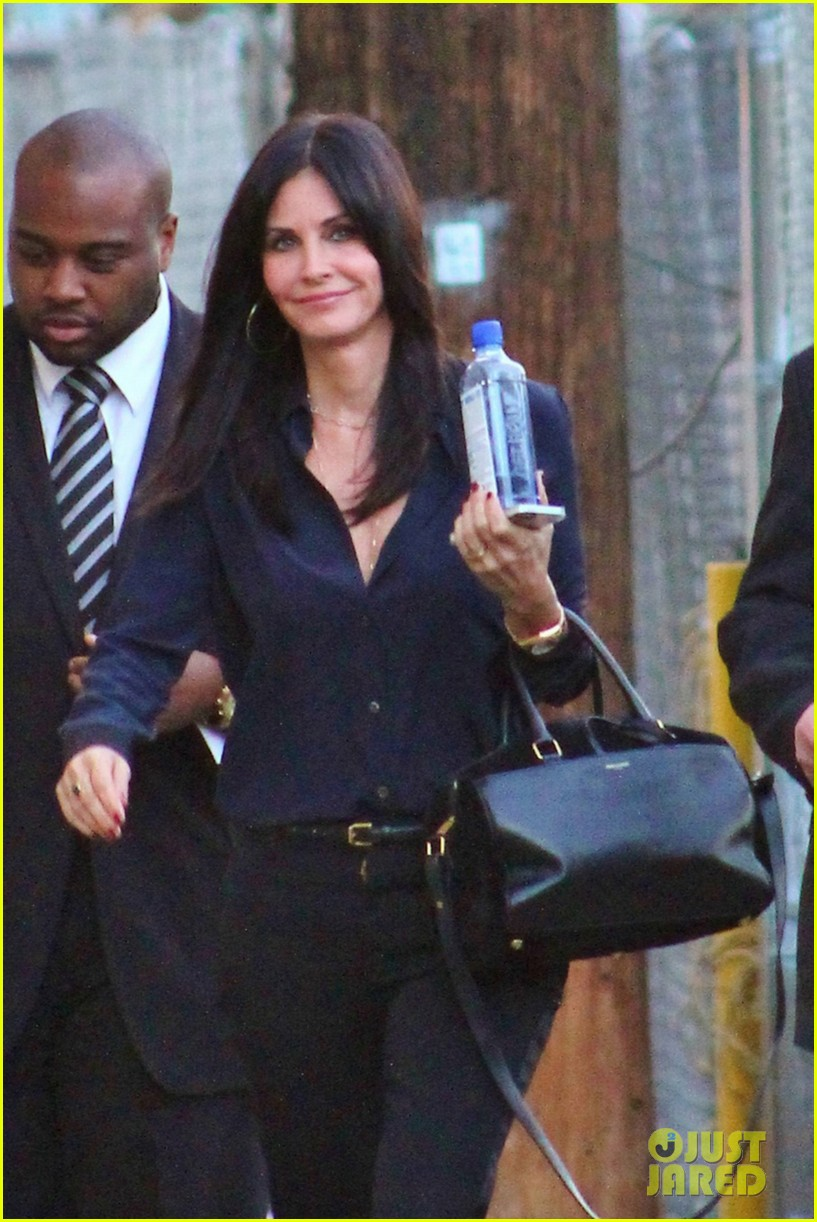 courteney cox cougar town returns tonight 023024465
