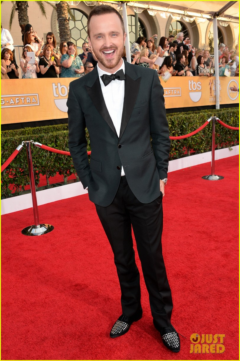 aaron paul bryan cranston sag awards 2014 083034874