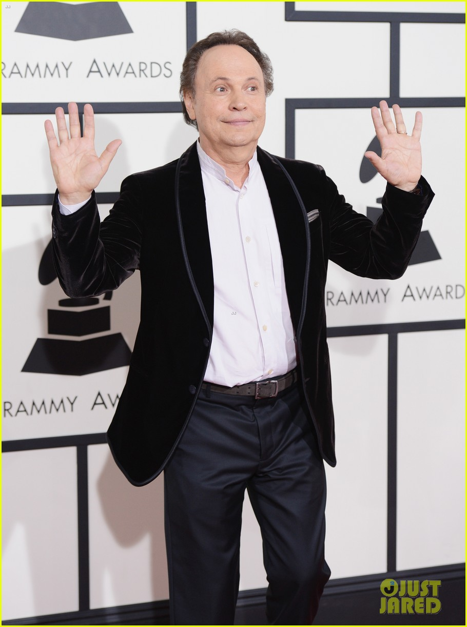 billy crystal grammys 2014 red carpet 103040875
