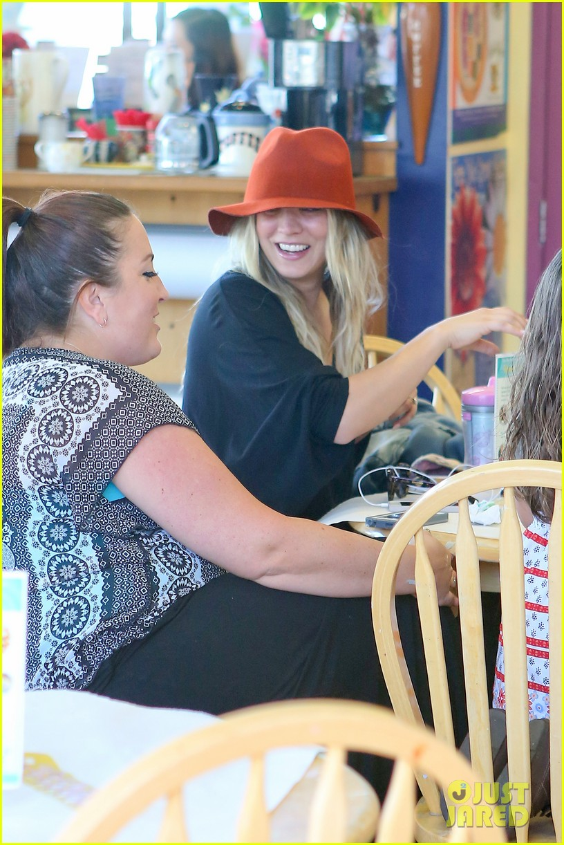 kaley couco spends sunday laughing at color me mine 123023224