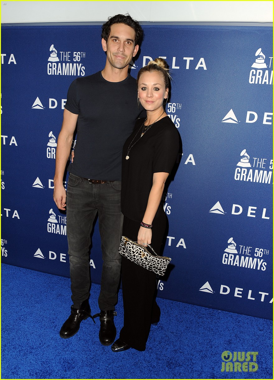 kaley cuoco ryan sweeting delta airlines pre grammy party 013039149