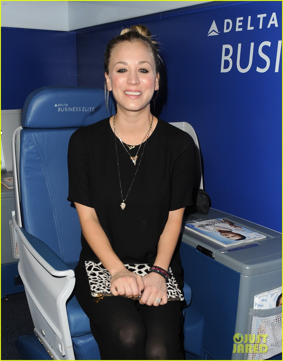 kaley cuoco ryan sweeting delta airlines pre grammy party 203039168
