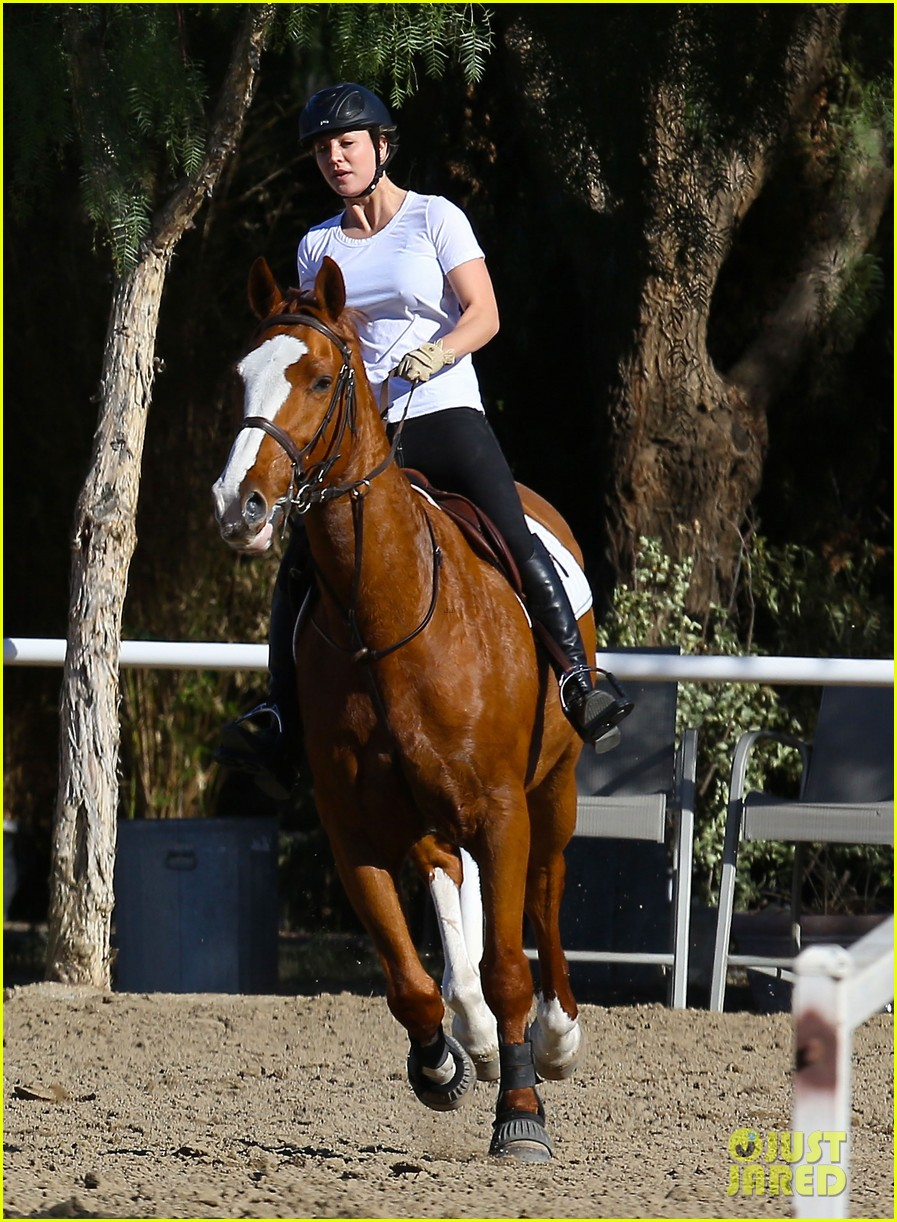 kaley cuoco goes horseback riding after her wedding 133021756
