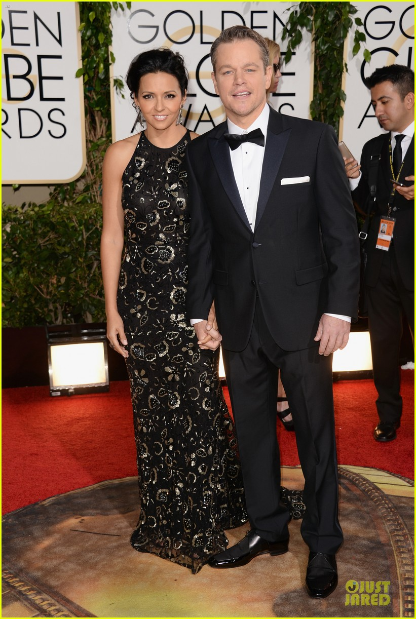 matt damon golden globes 2014 with wife luciana 073029482