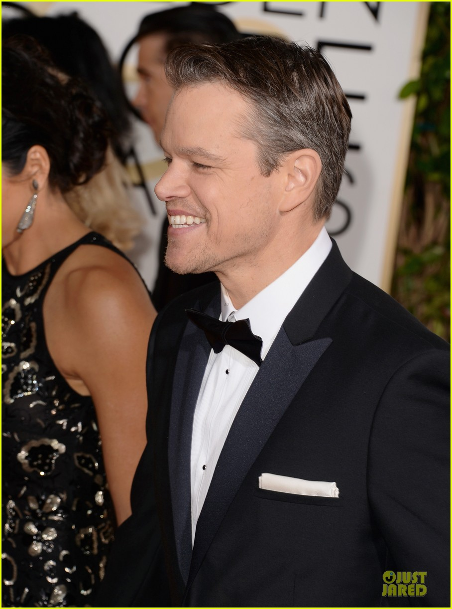 matt damon golden globes 2014 with wife luciana 093029484
