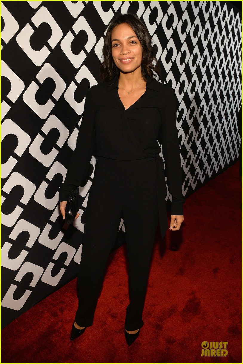 rosario dawson robin wright journey of a dress exhibition opening 103027811