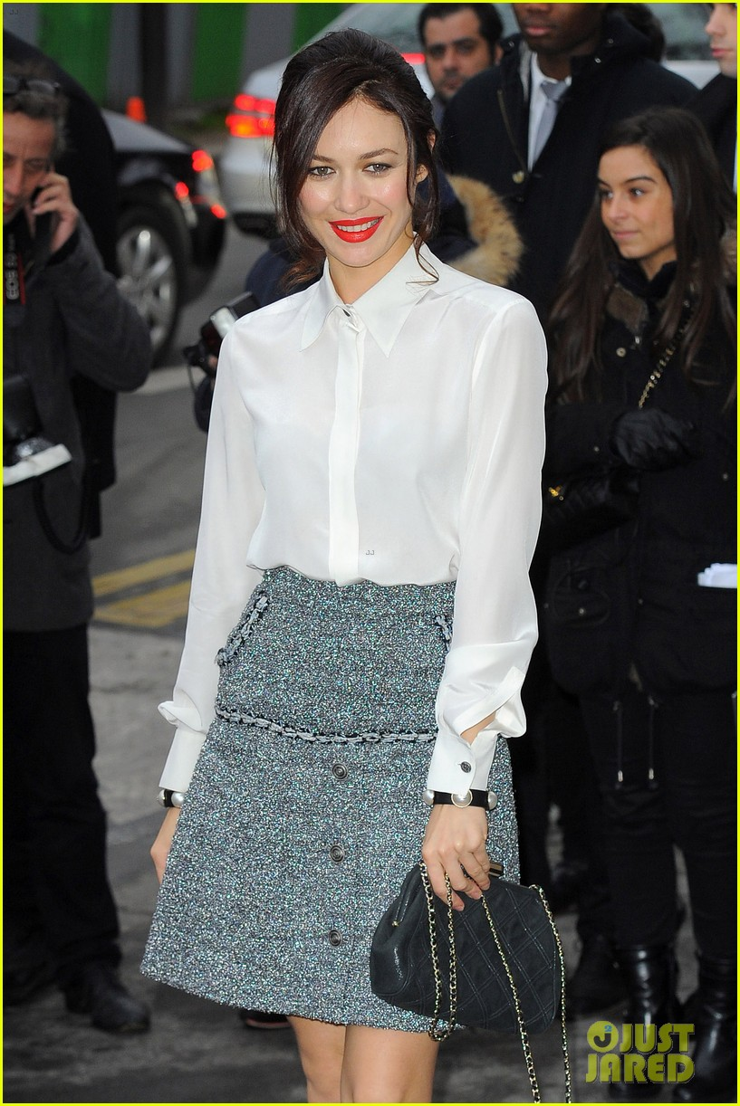 cara delevingne tilda swinton chanel paris fashion show 163036966