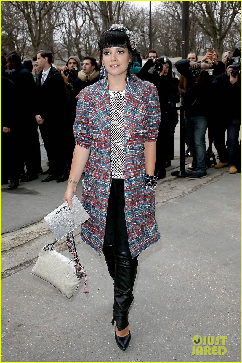 cara delevingne tilda swinton chanel paris fashion show 173036967