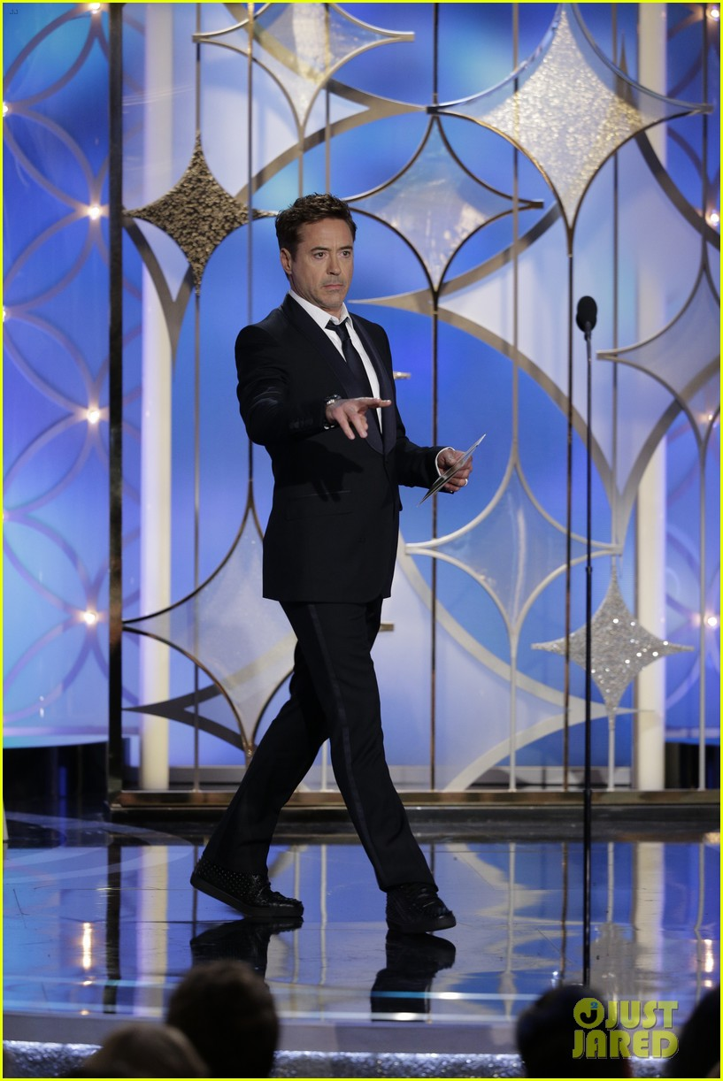 johnny depp robert downey jr golden globes 2014 033029839
