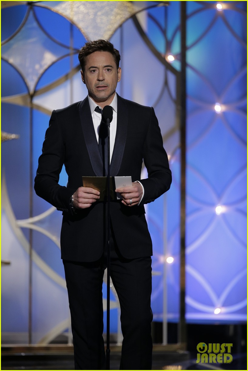 johnny depp robert downey jr golden globes 2014 053029841