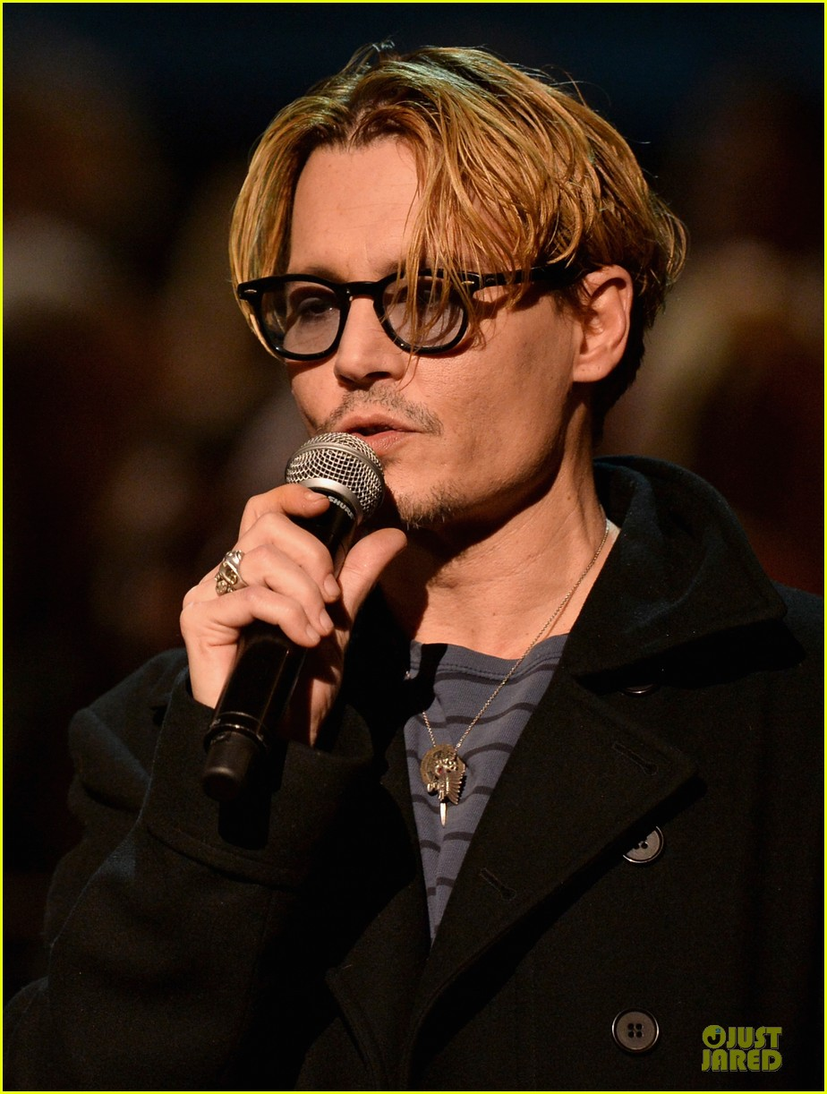 johnny depp sean penn beatles tribute presenters 043042621