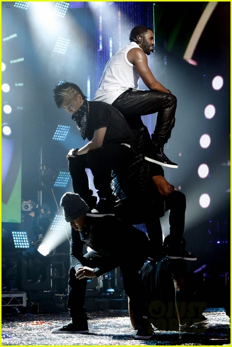 jason derulo performs on new years rocking eve 2014 video 053020841