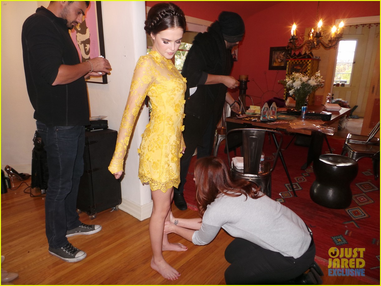 zoey deutch jj spotlight of the week behind the scenes pics 07