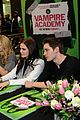 zoey deutch lucy fry vampire academy houston signing 13