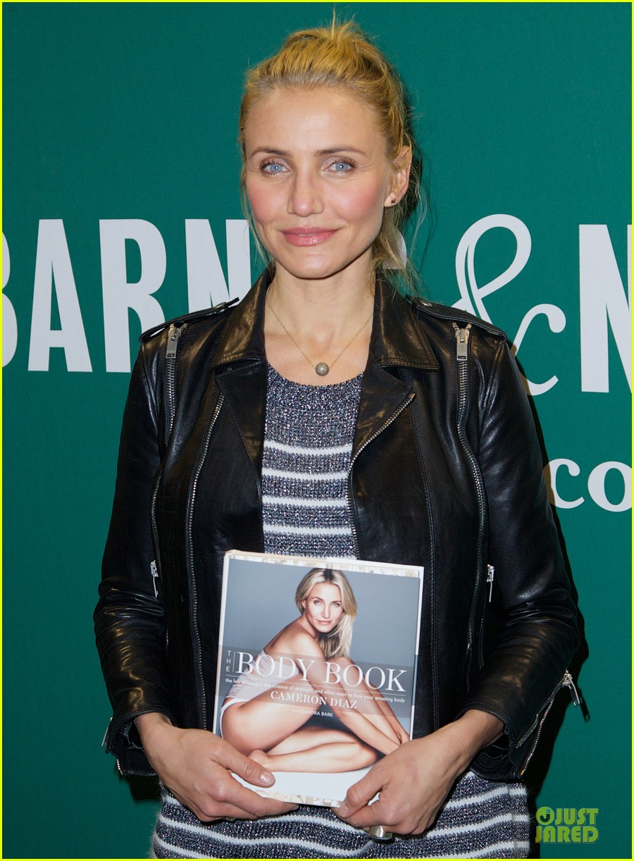 cameron diaz i ate everything during the holidays 023024057