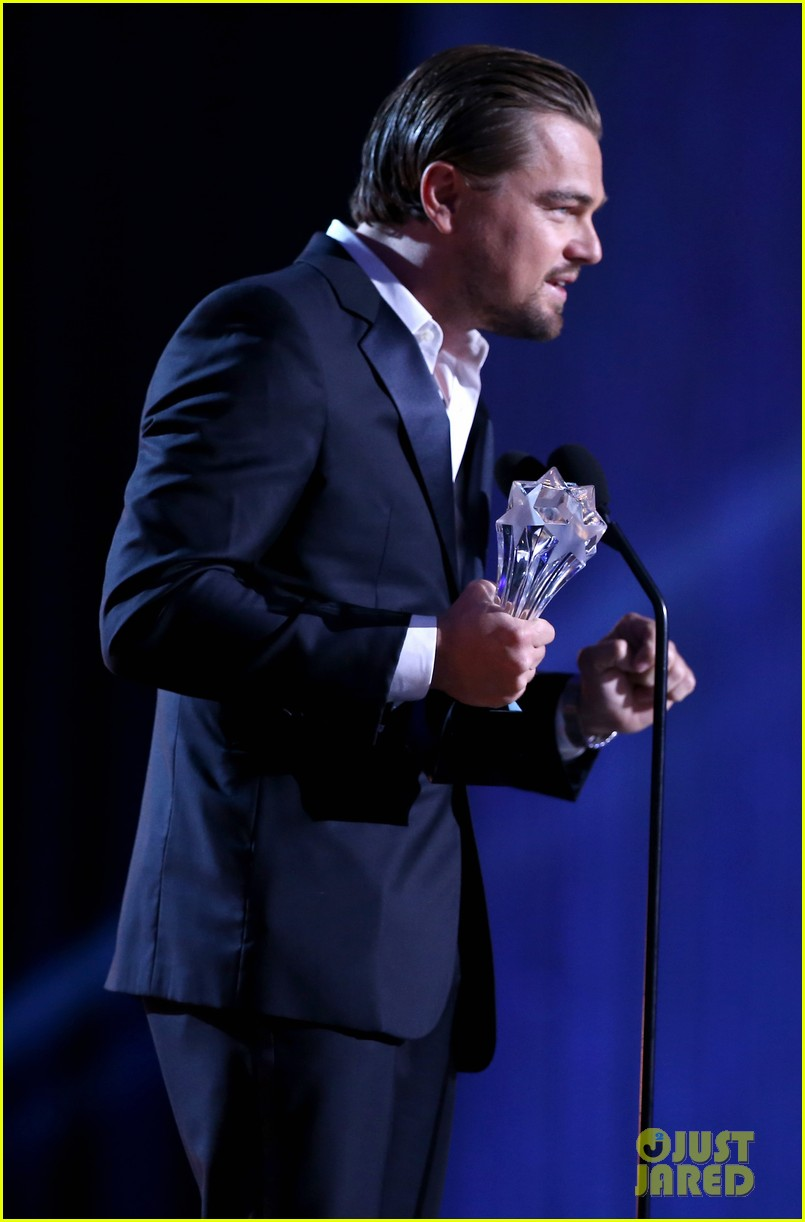 leonardo dicaprio jonah hill critics choice awards 2014 09