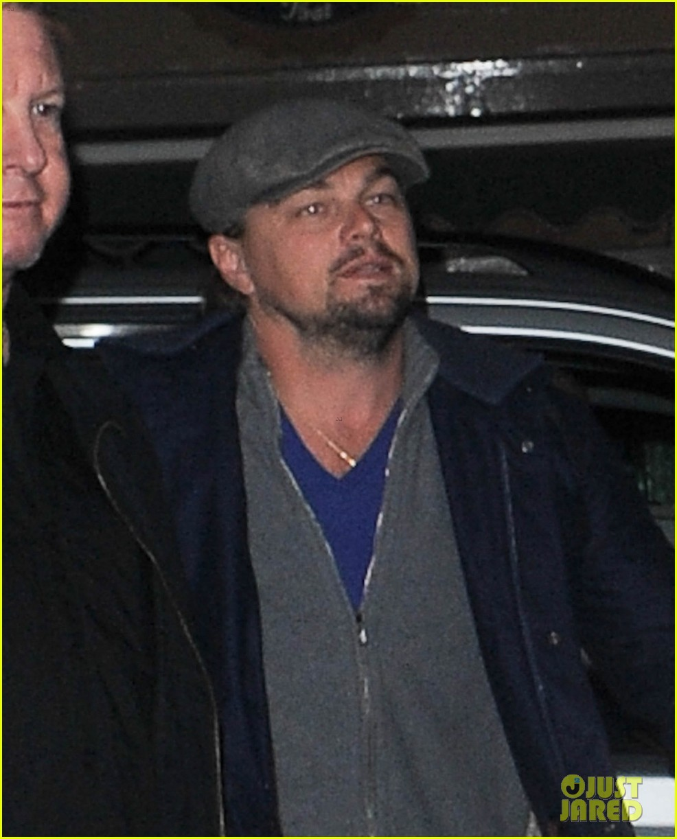 leonardo dicaprio jonah hill grab dinner together in london 04
