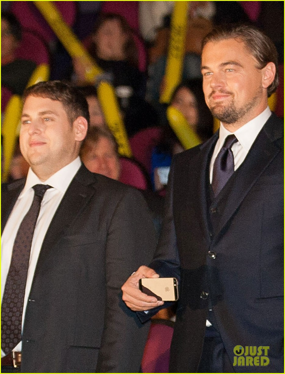leonardo dicaprio captures wolf of wall street tokyo premiere on his iphone 083043322