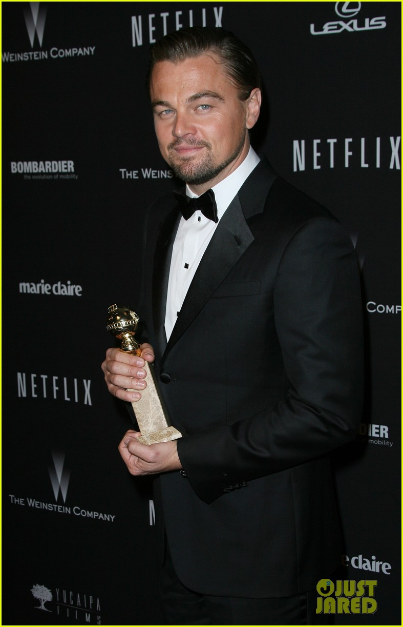 leonardo dicaprio shows off golden globe at weinstein party 093029833