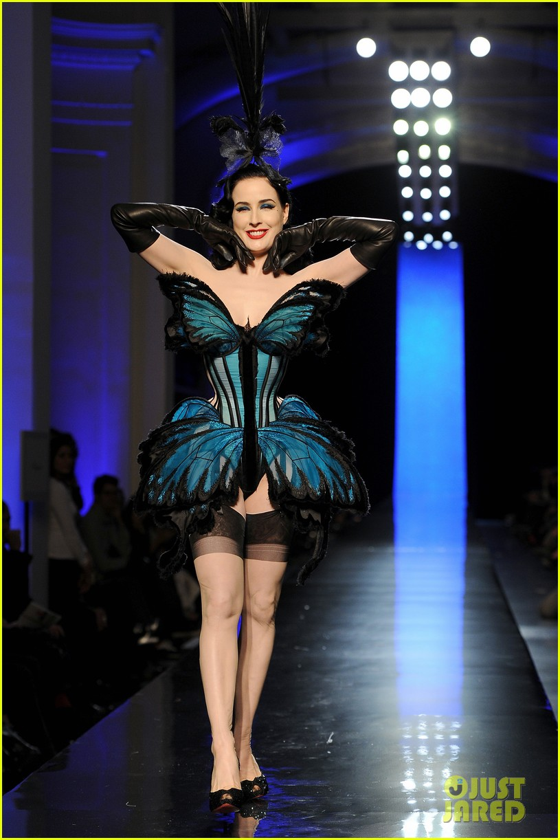 dita von teese hits runway for john paul gaultier show 09