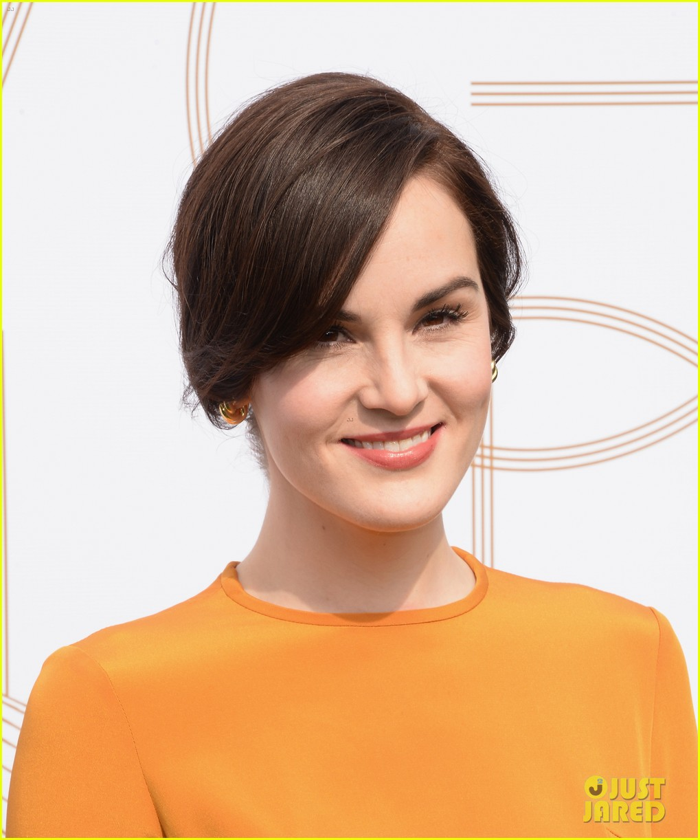 michelle dockery anna kendrick lovegolds glamour event 093026451