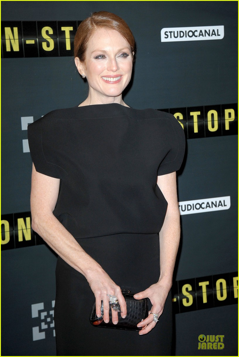 michelle dockery julianne moore non stop paris premiere 133042344