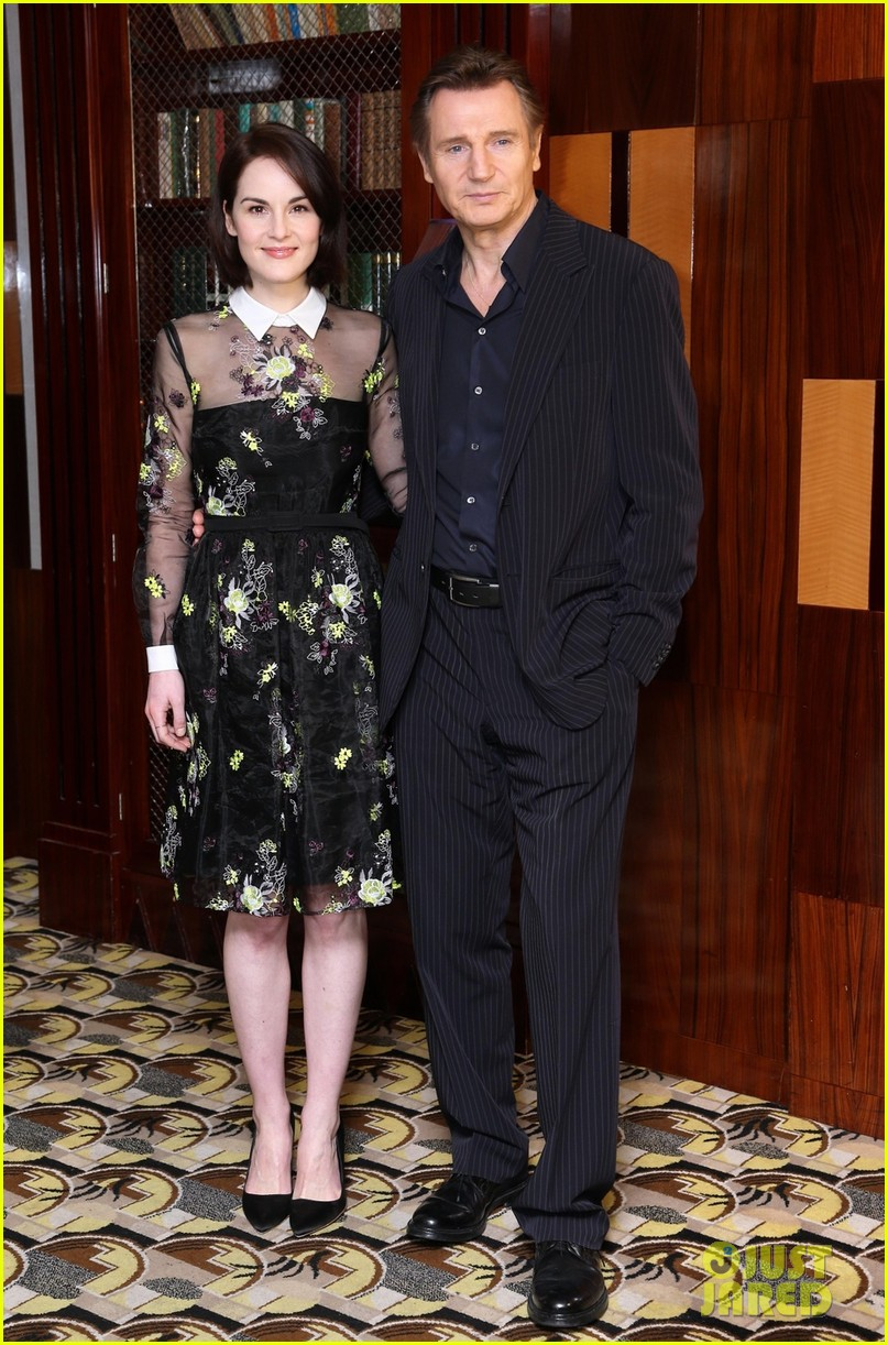 michelle dockery julianne moore non stop uk photo call 023044090