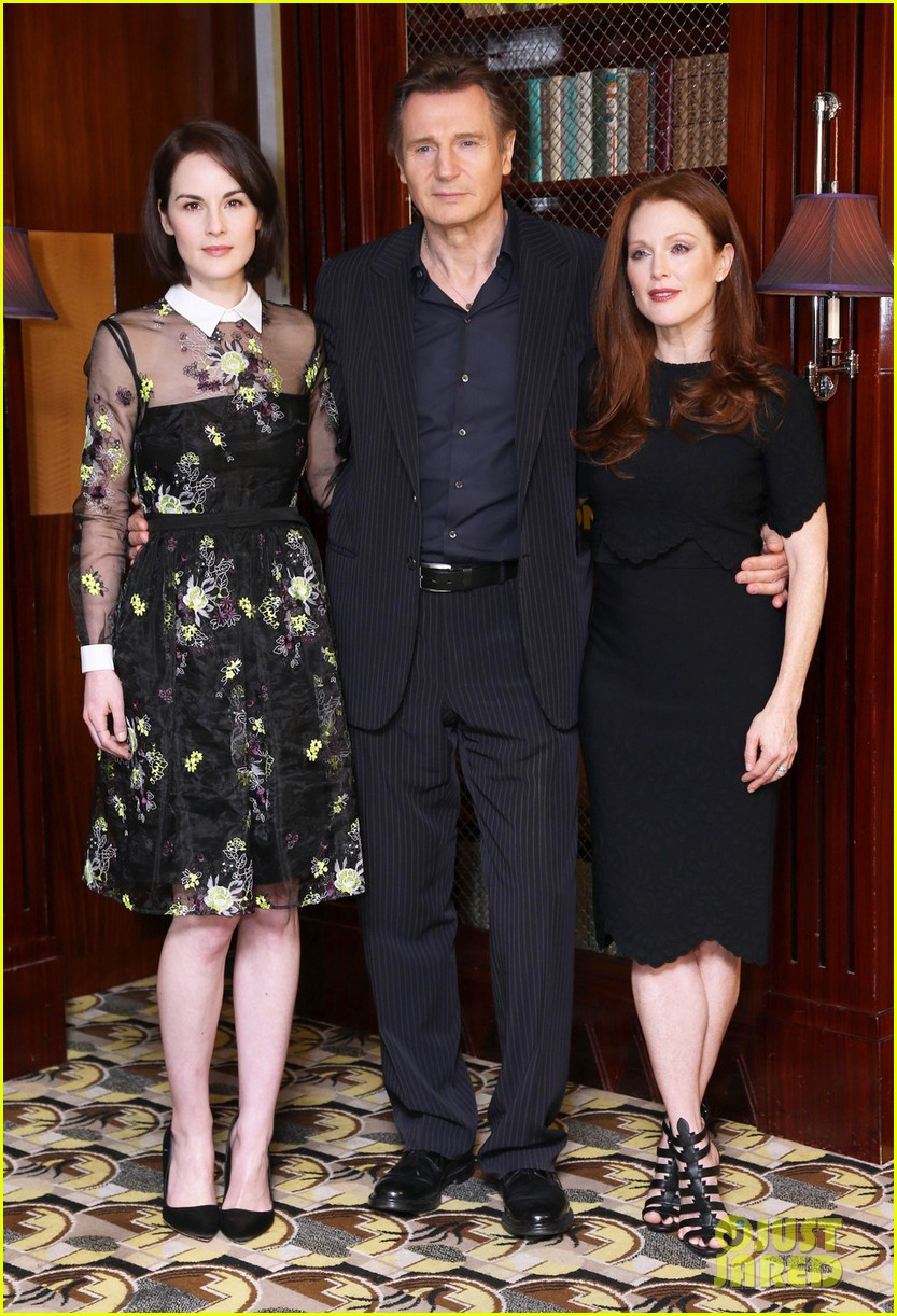 michelle dockery julianne moore non stop uk photo call 053044093